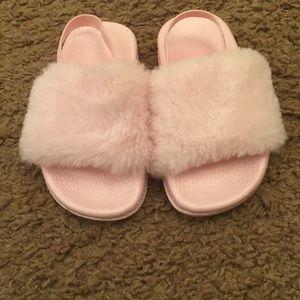 Other - Toddler Girls Fur Slides